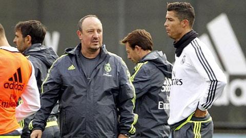 HLV Benitez mắc sai lầm trong cách ứng xử với Ronaldo
