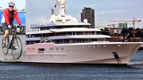 Có siêu du thuyền, nhưng Abramovich vẫn mê xe đạp