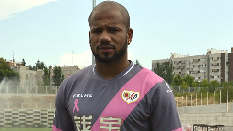 Bebe gia nhập đội bóng thứ 9 trong 6 năm