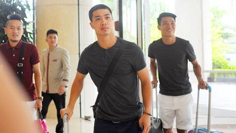 ĐT Việt Nam hội quân: Nóng lòng đọ giày 'idol'