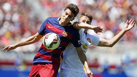 Hàng thủ Barcelona: Thừa lượng nhưng thiếu... chất
