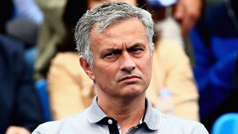 Mourinho là 'Vua đốt tiền' trong vòng 1 thập kỷ qua