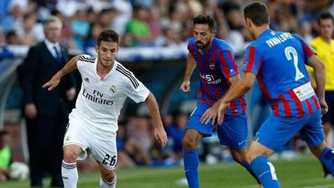 40 cầu thủ trẻ Real ra đường sau quyết định của chủ tịch Perez