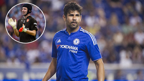 Diego Costa e ngại Petr Cech
