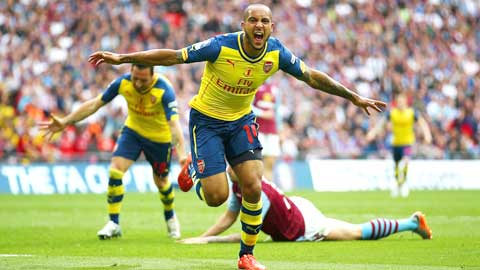Walcott, người nuôi mộng vô địch của Arsenal