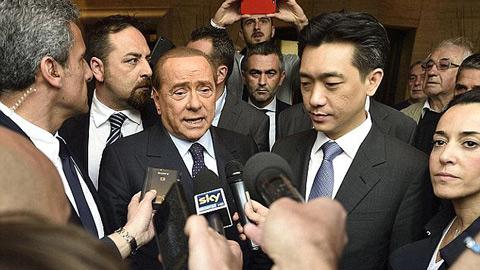 Berlusconi bán gần nửa quyền sở hữu Milan cho doanh nhân Thái