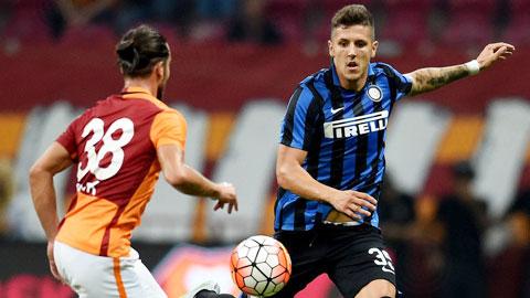Inter thua trận thứ tư liên tiếp: Vừa yếu, vừa thiếu
