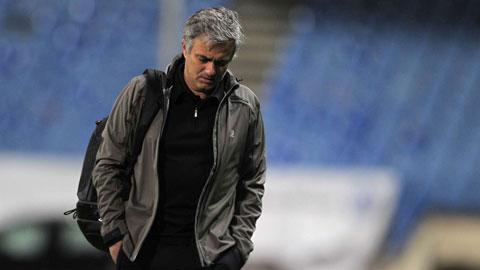Chelsea: Chờ Mourinho phá dớp
