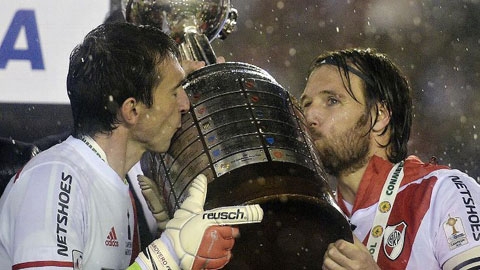 River Plate lần thứ 3 lên ngôi ở Copa Libertadores