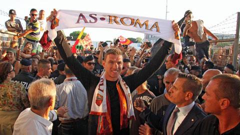 Dzeko chưa thể gia nhập Roma