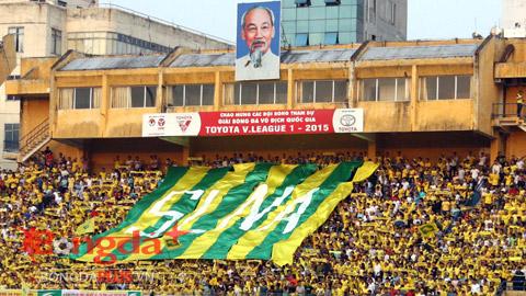Sự cuồng nhiệt của NHM V.League: Giá trị của 'cầu thủ số 12'