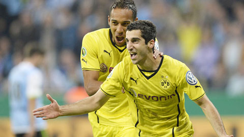 Bayern & Dortmund: Cùng cất tiếng nhưng khác kiểu