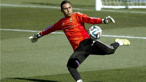 Benitez công bố sớm thủ môn bắt chính cho Real trận mở màn La Liga
