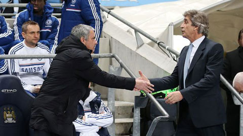 Không như Wenger, Pellegrini khẳng định sẽ bắt tay Mourinho