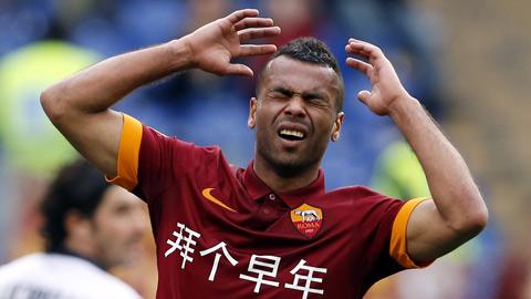 Roma thanh lý hợp đồng với Ashley Cole