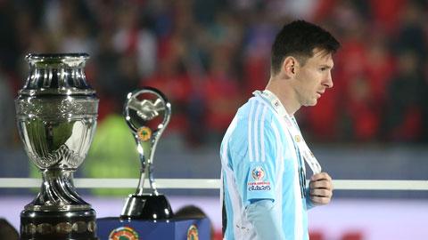 10 năm Messi ra mắt đội tuyển Argentina: 10 năm một tình yêu, 10 năm một nỗi đau