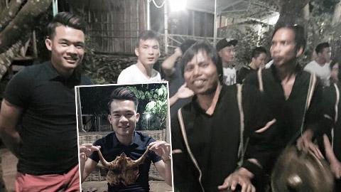 Cầu thủ SLNA 'quậy tưng bừng' với vũ điệu cồng chiêng tại Gia Lai