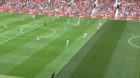 Rooney bị từ chối bàn thắng hợp lệ vào lưới Newcastle?