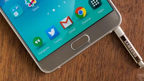 Galaxy Note5 dễ bị kẹt bút cảm ứng do thiết kế kiểu mới