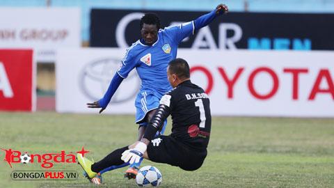 QNK.QN giữ chân tiền đạo ghi bàn số 1 V.League