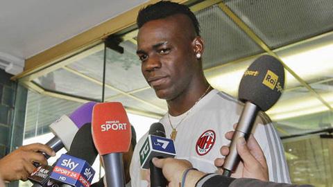 Milan 'siết' Balotelli bằng những quy định khắt khe