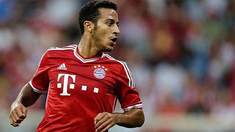 Thiago Alcantara gia hạn hợp đồng với Bayern Munich