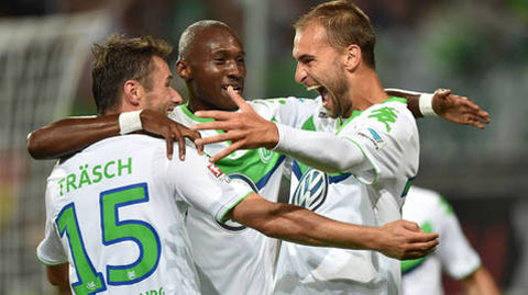 Wolfsburg đánh bại Schalke 3-0 mà không cần De Bruyne