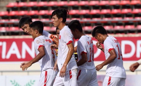 HLV Hoàng Anh Tuấn: 'U19 Việt Nam sẽ hạ Lào để vào chung kết'