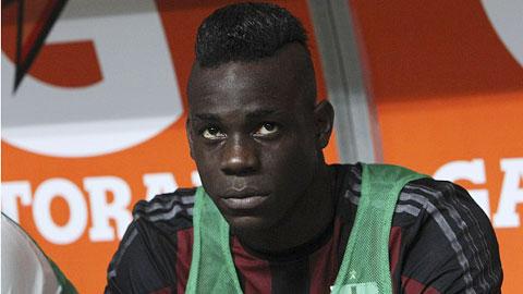 Balotelli dự bị cả trận Milan - Empoli: Khóa huấn luyện ở San Siro