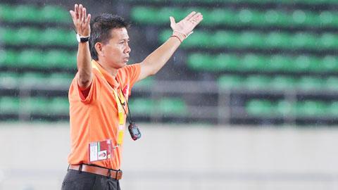 HLV Hoàng Anh Tuấn: 'U19 Thái Lan xứng đáng là nhà vô địch'