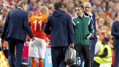 ĐT Hà Lan: Sống sao khi thiếu linh hồn Robben?