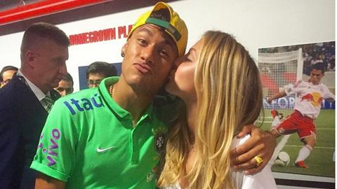 Neymar cặp kè em gái tay vợt số 1 Canada, Eugenie Bouchard