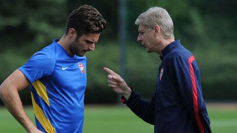 Arsenal: Wenger, Giroud đã quên cách ghi bàn!