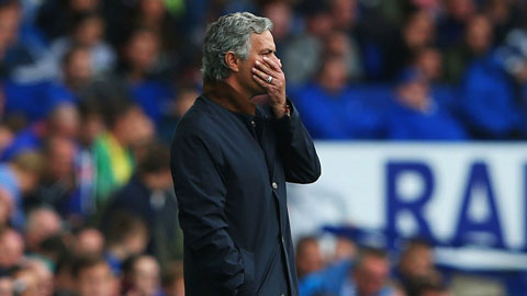 Mourinho nhấn mạnh cầu thủ Chelsea không đáng phải thua Everton