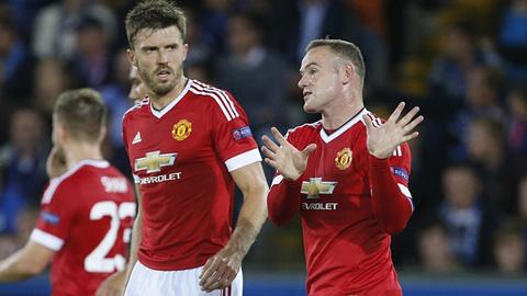 Rooney ngồi ngoài ở trận M.U gặp PSV tại Champions League