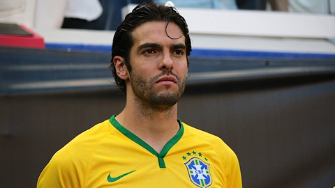 ĐT Brazil triệu tập: Kaka & Neymar vắng mặt