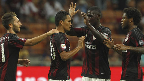 Vòng 4 Serie A: Bacca tỏa sáng, Milan thắng sát nút Palermo