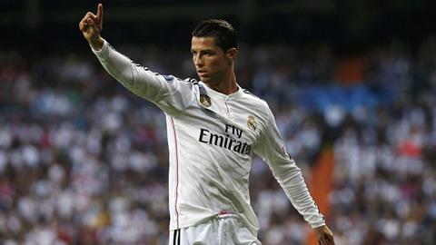 M.U dùng 15 triệu bảng/năm tiền lương để dụ Ronaldo rời Real