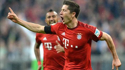 Ghi 5 bàn trong vòng 9 phút, Lewandowski đi vào lịch sử Bundesliga
