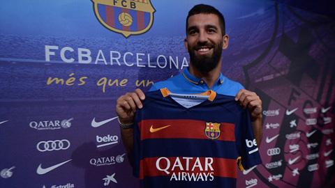 FIFA từ chối khẩn cầu của Barca trong vụ Arda Turan
