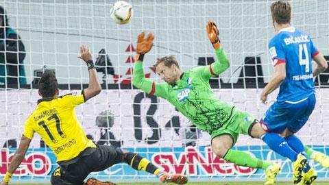 Dortmund đứt mạch thắng tại Hoffenheim, bị Bayern qua mặt