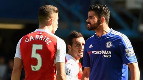 Wenger không hài lòng với án treo giò Costa