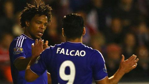 Remy xứng đáng chơi cao nhất trên hàng công Chelsea