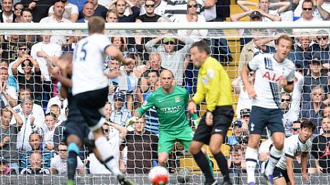 Trọng tài công nhận 3 bàn thắng trong tư thế việt vị ở trận Tottenham 4-1 Man City