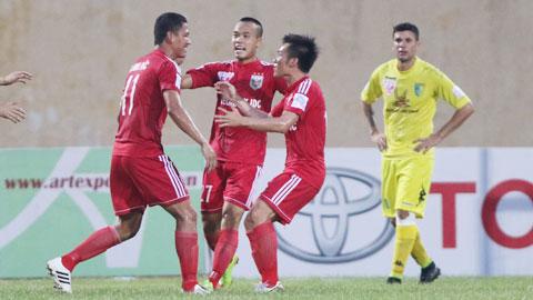 Cán cân quyền lực giữa các CLB V.League 2015: B.BD & phần còn lại