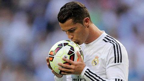Phim về cuộc đời Cristiano Ronaldo ra mắt trailer xúc động