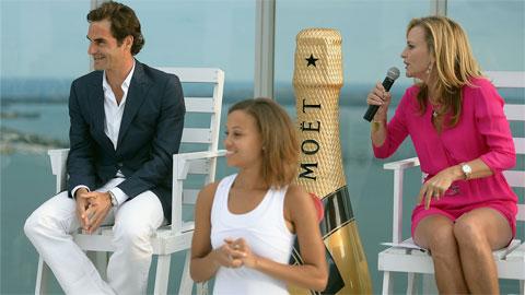 Federer thu nhập cao nhất làng quần vợt 9 năm liên tục