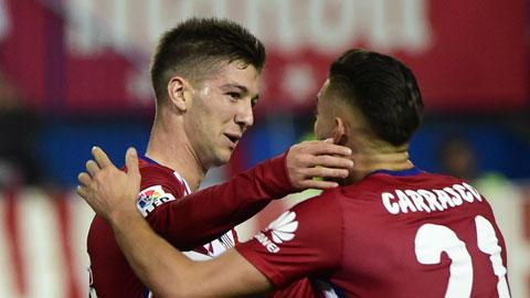 Benitez và Simeone cùng thất vọng về kết quả trận derby Madrid