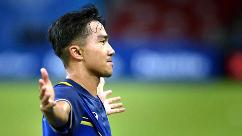 Messi Thái thổi nến sinh nhật, mong đánh bại ĐT Việt Nam