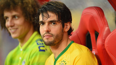 Kaka lên tuyển Brazil thay Coutinho